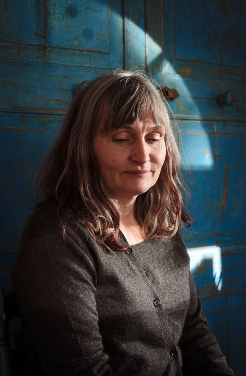 Anna Höglund, illustratör m.m. Författarporträtt för Alfabeta Bokförlag, 2014. Fotograf Stefan Tell