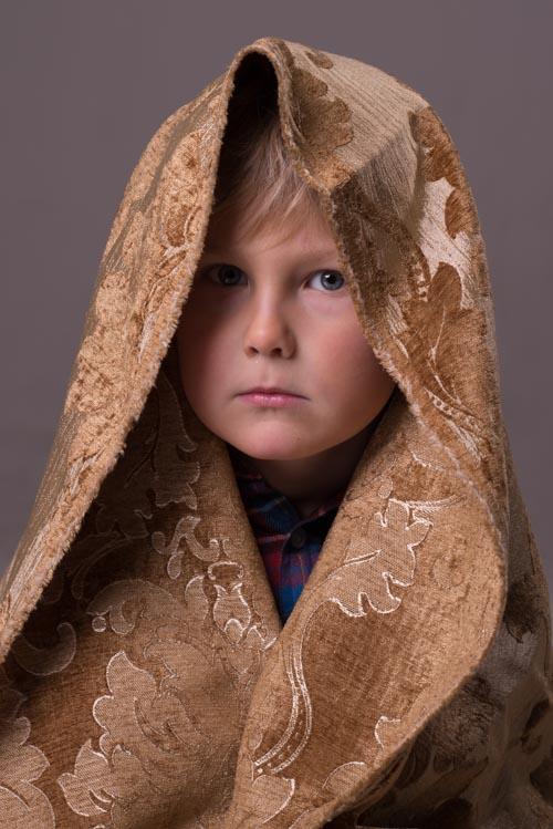 Studioporträtt av barn utan retusch. Fotograf Stefan Tell