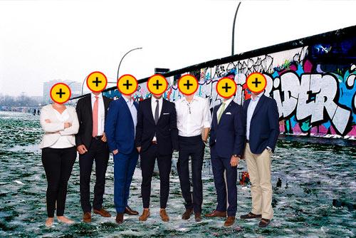 gruppbild-bakgrund-graffitti