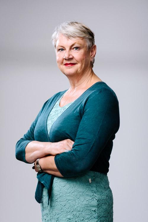 Författarporträtt av Maggan Hägglund för Bonnierförlagen 2016. Fotograf Stefan Tell