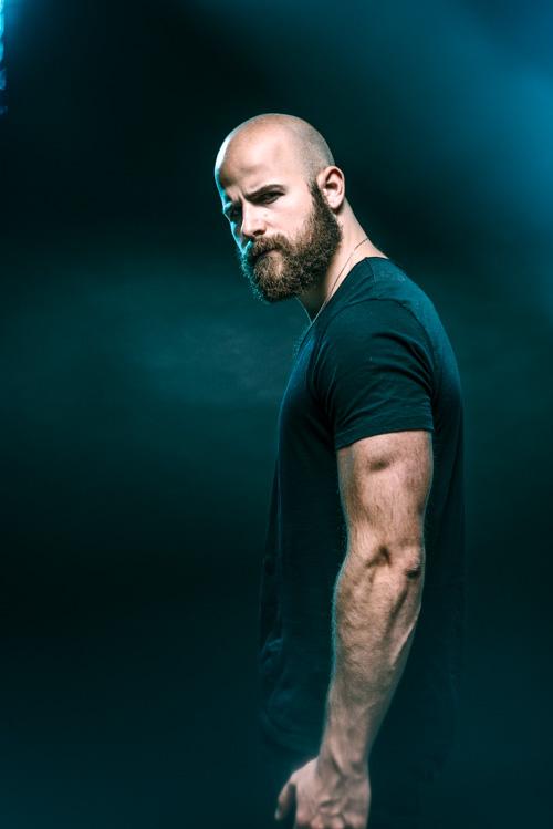 Casting porträtt fotostudio skådespelare Kerim Troeller Fotograf Stefan Tell