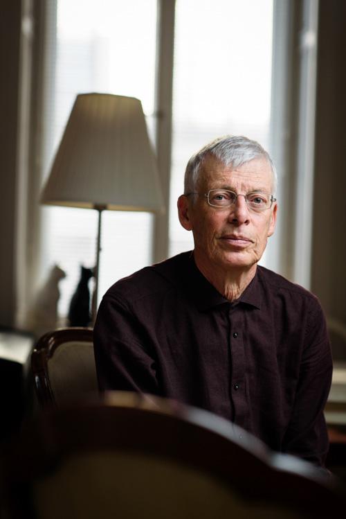 Jesper Svenbro författarporträtt Albert Bonniers Forlag 2017