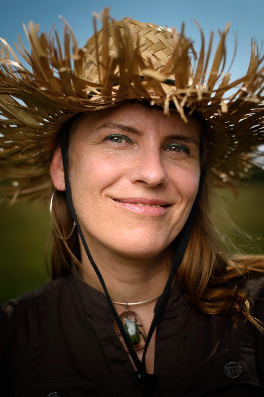 Lovisa Lesse, författarporträtt till Bonnier Carlsen. Fotograf Stefan Tell