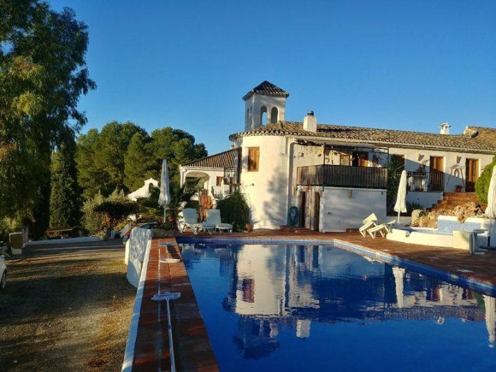 The swimming pool at Cortijo Las Salinas