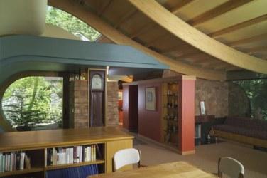 casa din lemn casuta din padure