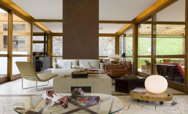 "<a href=""https://i2.wp.com/www.stejarmasiv.ro/wp-content/uploads/2012/08/Grid-House-by-Brazilian-architectural-studio-FGMF-3-unique-interior-decoration.jpg?resize=630%2C382&ssl=1"" alt=""design interior""></a>"