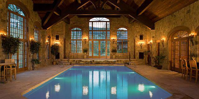 piscina interioara