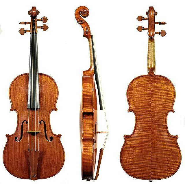 replica Stradivarius