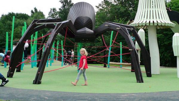 locuri de joaca din lemn masiv in Danemarca