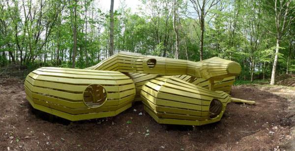 tunel din lemn masiv
