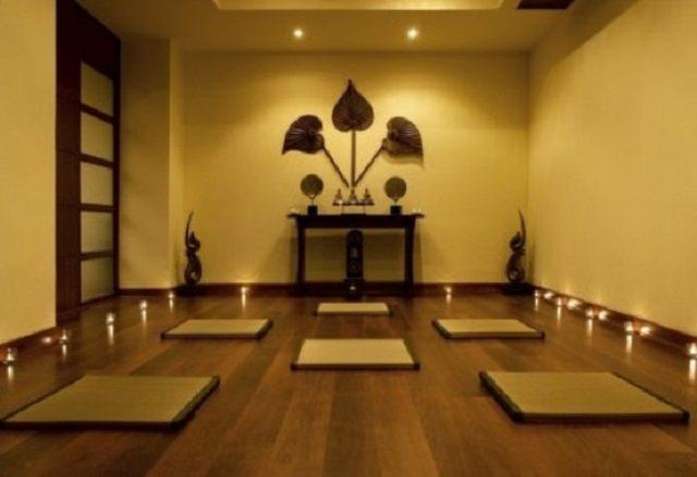 camera pentru yoga