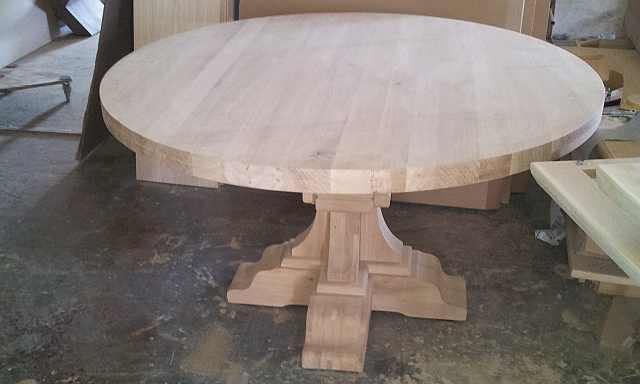 masa din lemn masiv de stejar