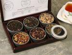 cutii de lemn cu ceaiuri