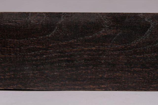 palisandru pe suport de stejar detaliu