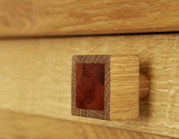 mobila la comanda din stejar Nigel Griffits