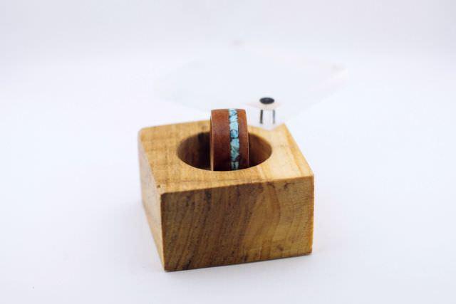 cutie din lemn pentru inele din lemn