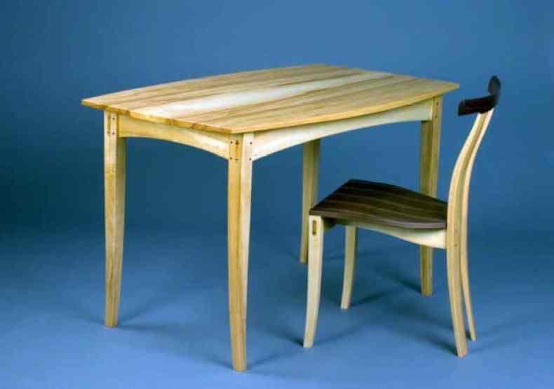 masa si scaun - Tim Rousseau