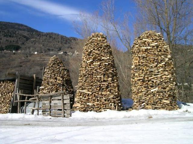 lemn de foc - Stive de lemne