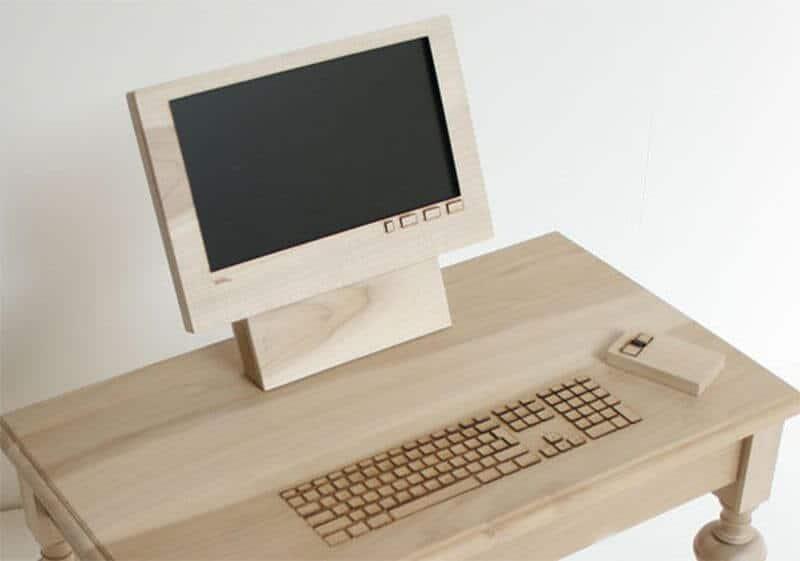 computer din lemn