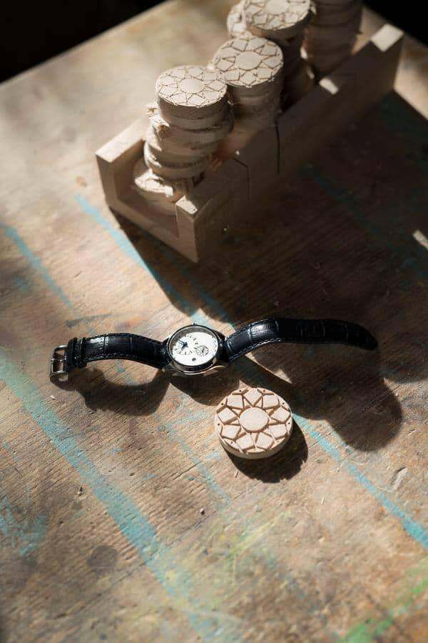 medalionul de lemn