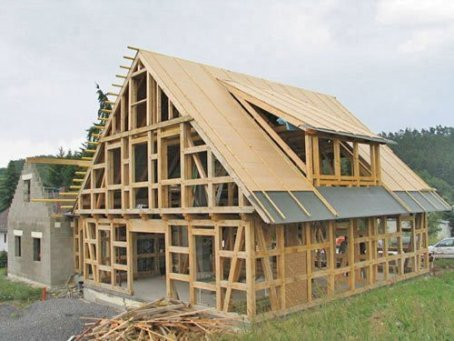 structuri Timber frame house