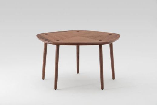 masa pentagonala moderna din lemn
