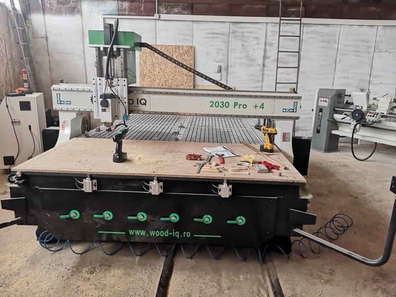 CNC 2030 Pro +4 Wood IQ pentru gravură în lemn 3D