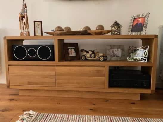 mobila la comanda stand TV din stejar masiv