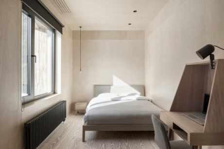 dormitor minimalist cu birou