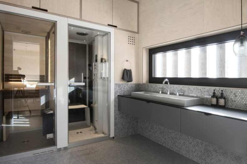 amenajare interioara de baie pentru oaspeți