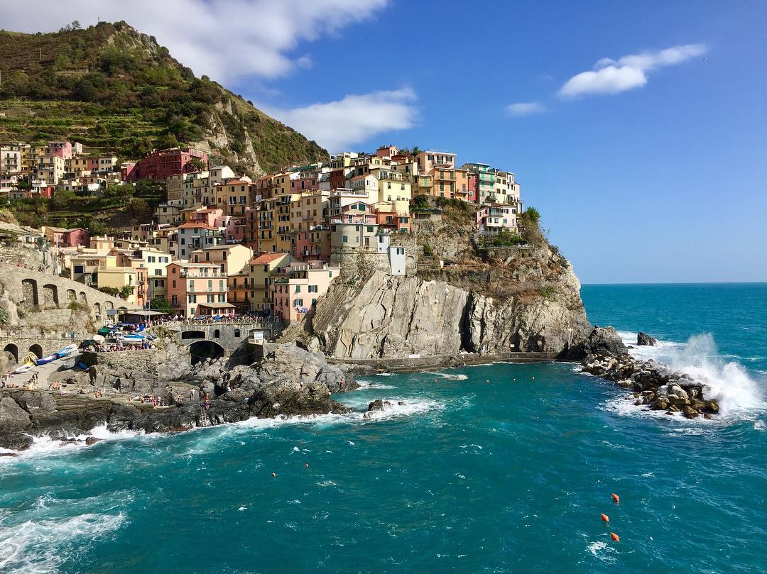 Waves and colors  |  Cinque Terre