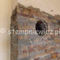 układanie kamienia naturalnego na kominie bolesławiec