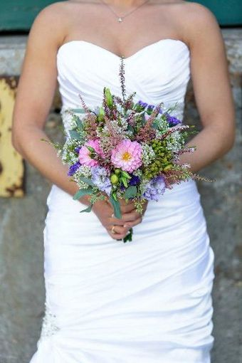 Nicole_and_Aaron_-_Bridal_Bouquet