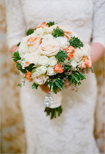 roses-and-succulents-bridal-bouquet