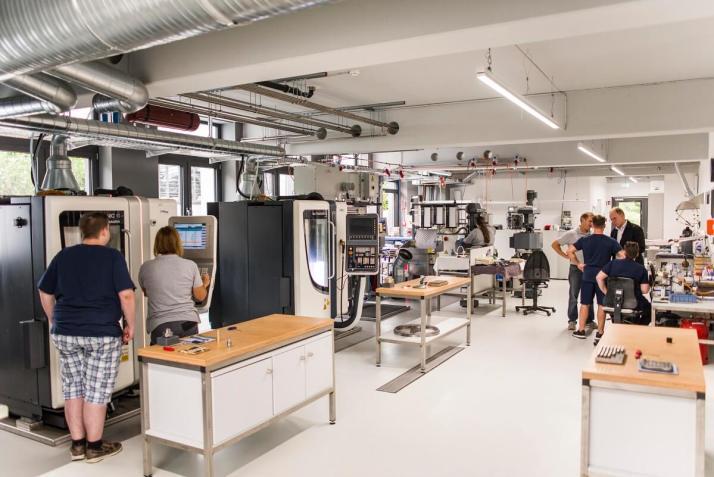 Wir haben vor ein paar Jahren in die CNC-Technik investiert