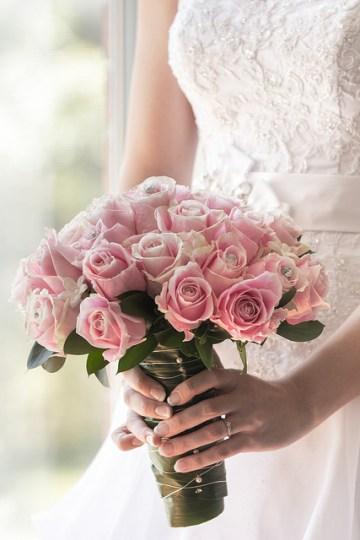 stephane-lemieux-photographe-mariage-montreal-forfaits-et-tarifs-wedding-flowers-mariée-avec-fleurs