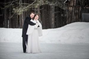Photographe de mariage sur la rive nord de Montréal et les Laurentides - Mariage d'hiver Féérique au Mont-Tremblant.