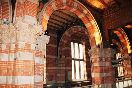 Amsterdam Centraal archways