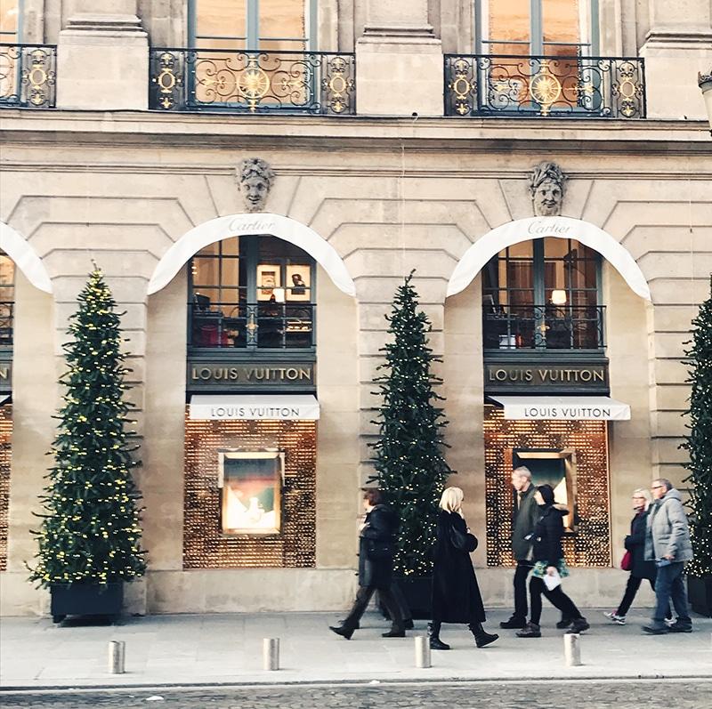 Louis Vuitton, Paris