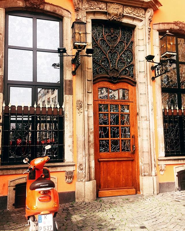 Cologne doortrait