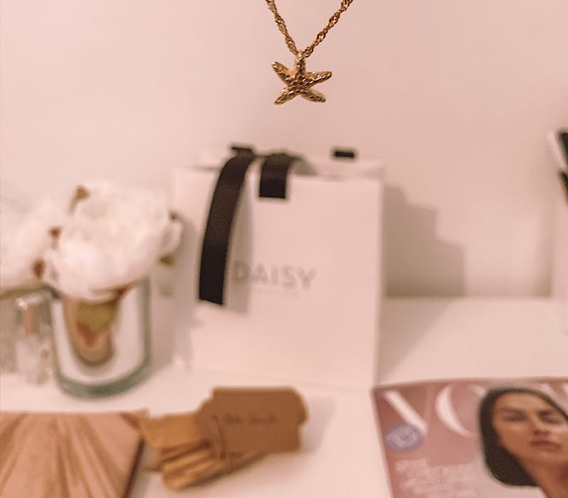 Isla starfish necklace Daisy London