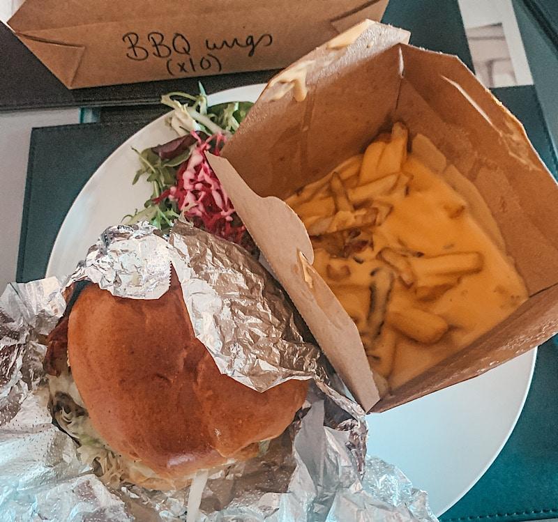 Lola jeans takeaway burgers