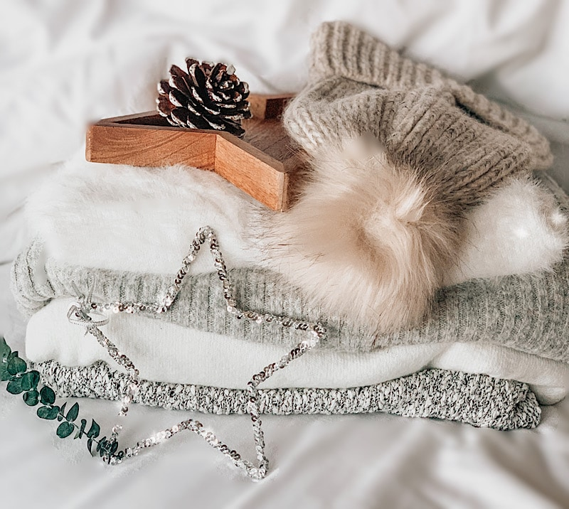 Winter Accessories for Cold & Frosty Winter Days