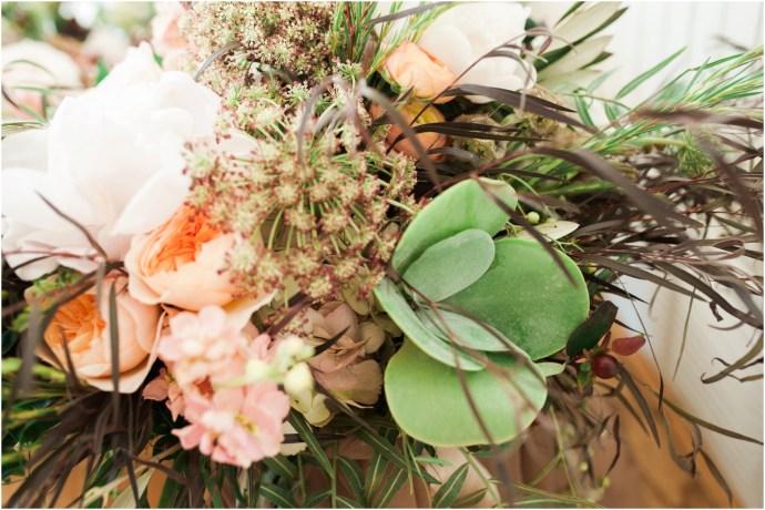 iowa-city-wedding-photographer-stephanie-marie-photography-little-lights-events-west-branch_0046