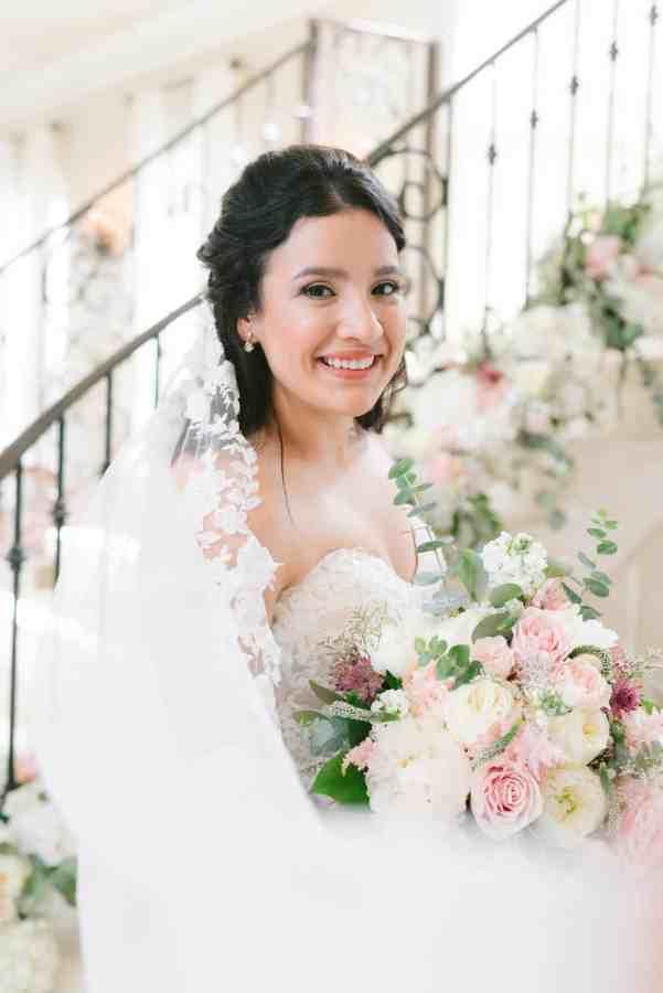 Thistlewood manor & gardens wedding Bride staircase