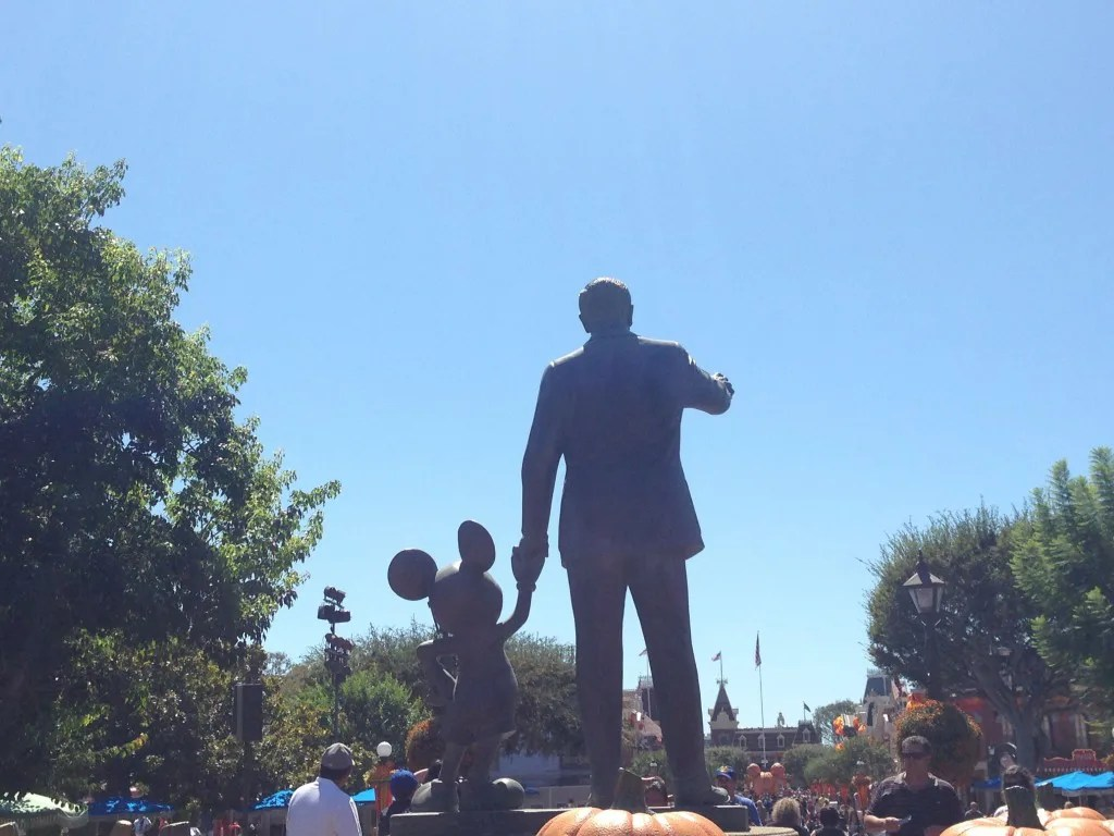 Partners statue at Disneyland //