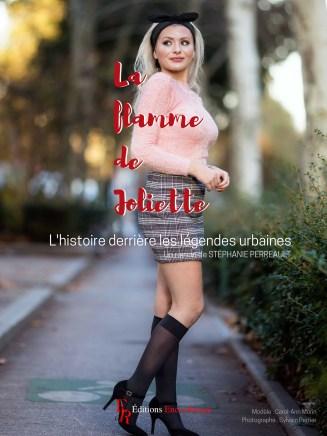 La flamme de Joliette de Stéphanie Perreault mettant en vedette une jeune femme flamboyante, enflammée, brûlante...incendiaire...
