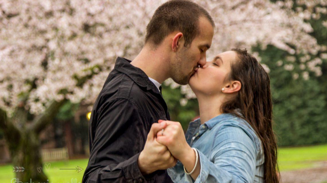 UW SEATTLE ENGAGEMENT | ANTOINETTE & STEPHEN | SEATTLE WEDDING PHOTOGRAPHER