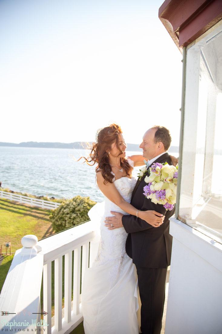 MUKILTEO LIGHTHOUSE WEDDING MUKILTEO WEDDING PHOTOGRAPHER
