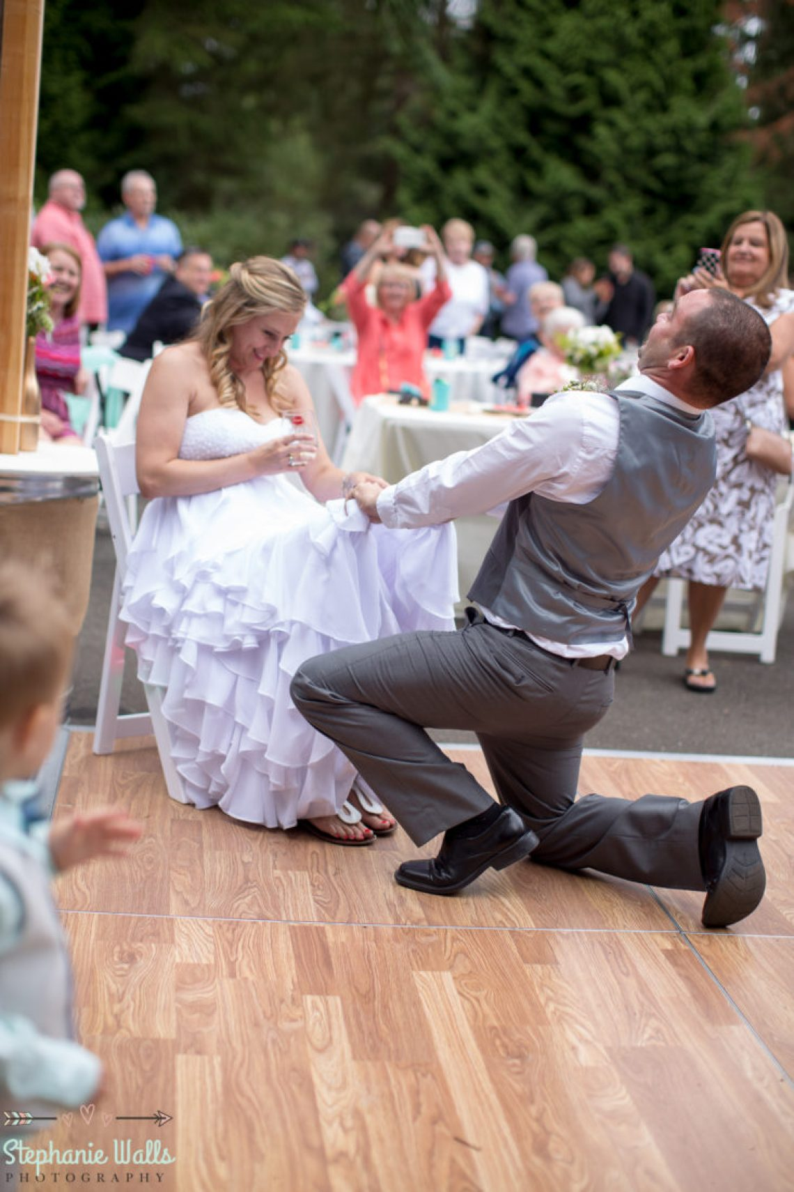 Cruz Blog 86 WOODINVILLE BACKYARD POOL WEDDING | WOODINVILLE WEDDING PHOTOGRAPHER